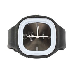 Sweet Silicon Band Round Square Watch in Black/Black
