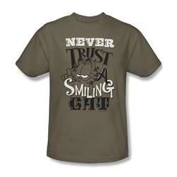 Garfield - Mens Never Trust T-Shirt In Safari Green