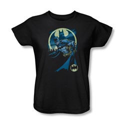 Batman - Womens Heed The Call T-Shirt In Black