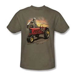 Tractor In Front Of Barn - Adult Safari Green S/S T-Shirt For Men