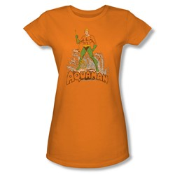 Aquaman - Aquaman Distressed Juniors T-Shirt In Orange