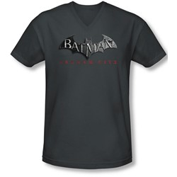 Arkham City - Mens Logo V-Neck T-Shirt