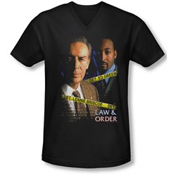 Law&Order - Mens Briscoe&Green V-Neck T-Shirt