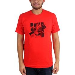 Undefeated - Mens Sleeper Hold T-Shirt