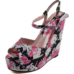 Iron Fist - Womens Buns N' Roses Wedge