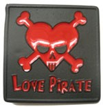 LOVE PIRATE buckle (Black and Red)