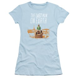 Last Man On Earth - Juniors Phil On Chair T-Shirt