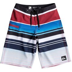 Quiksilver - Boys Everyday Stripe Boardshorts