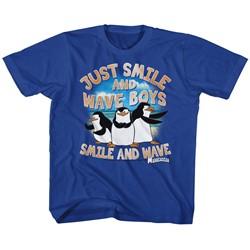 Madagascar Unisex-Child Just Smile T-Shirt