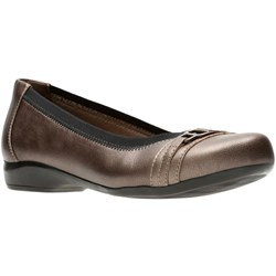 Clarks - Womens Kinzie Light Shoe