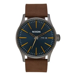 Nixon Men's Sentry Leather Analog Watch