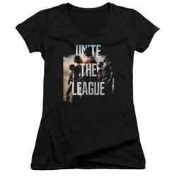 Justice League Movie - Juniors Dawn V-Neck T-Shirt
