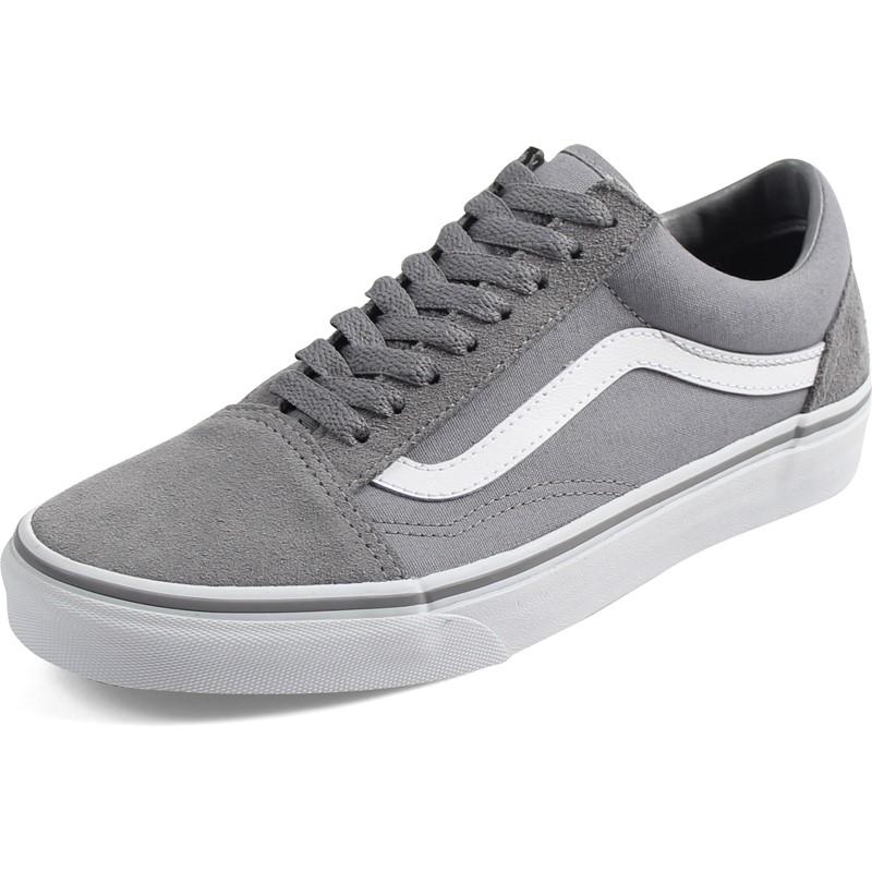 a1e6e5dade Vans. Vans - Unisex-Adult Old Skool Shoes